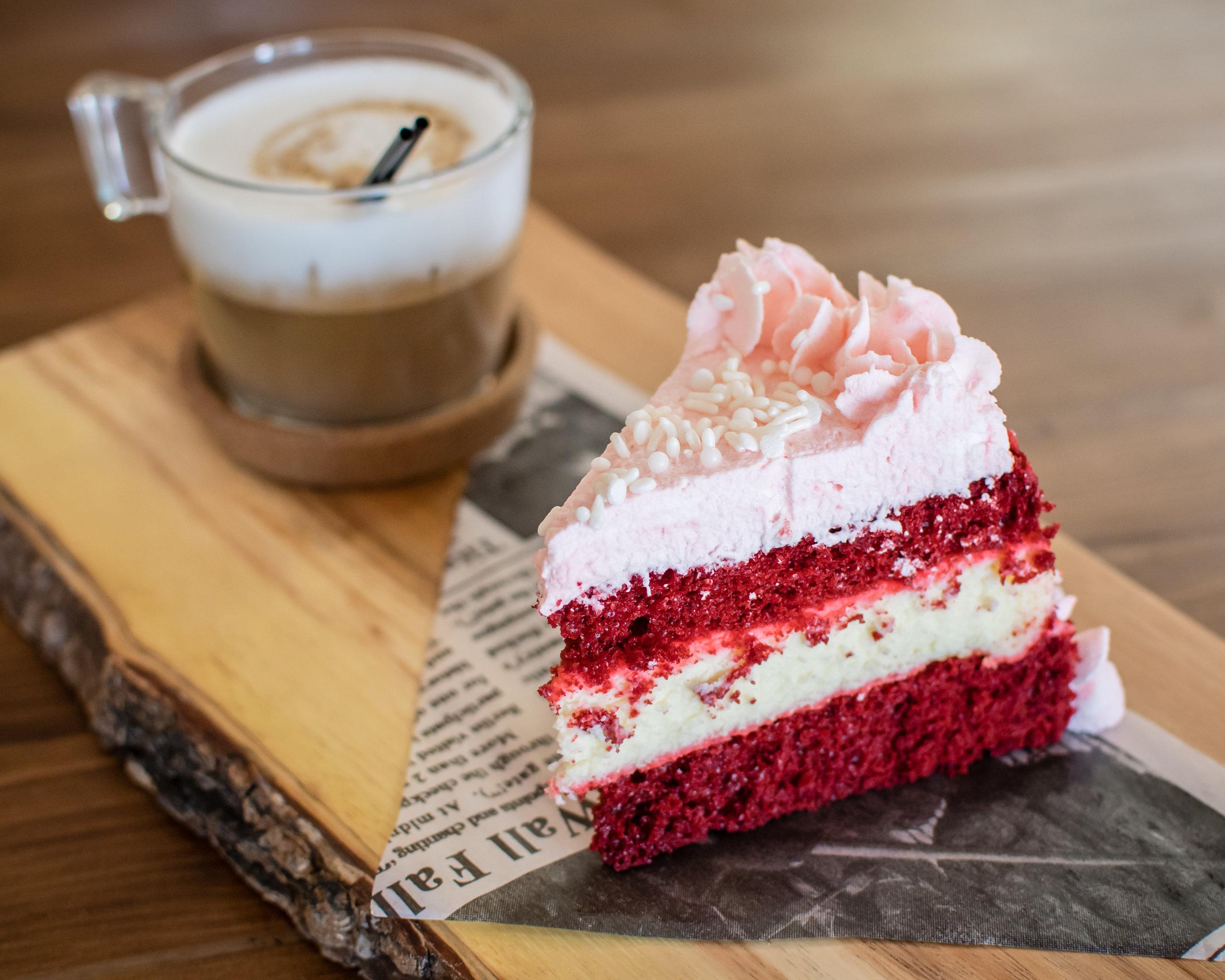 red-velvet-cheesecake-orlando-food-photographer-yanitza-ninett