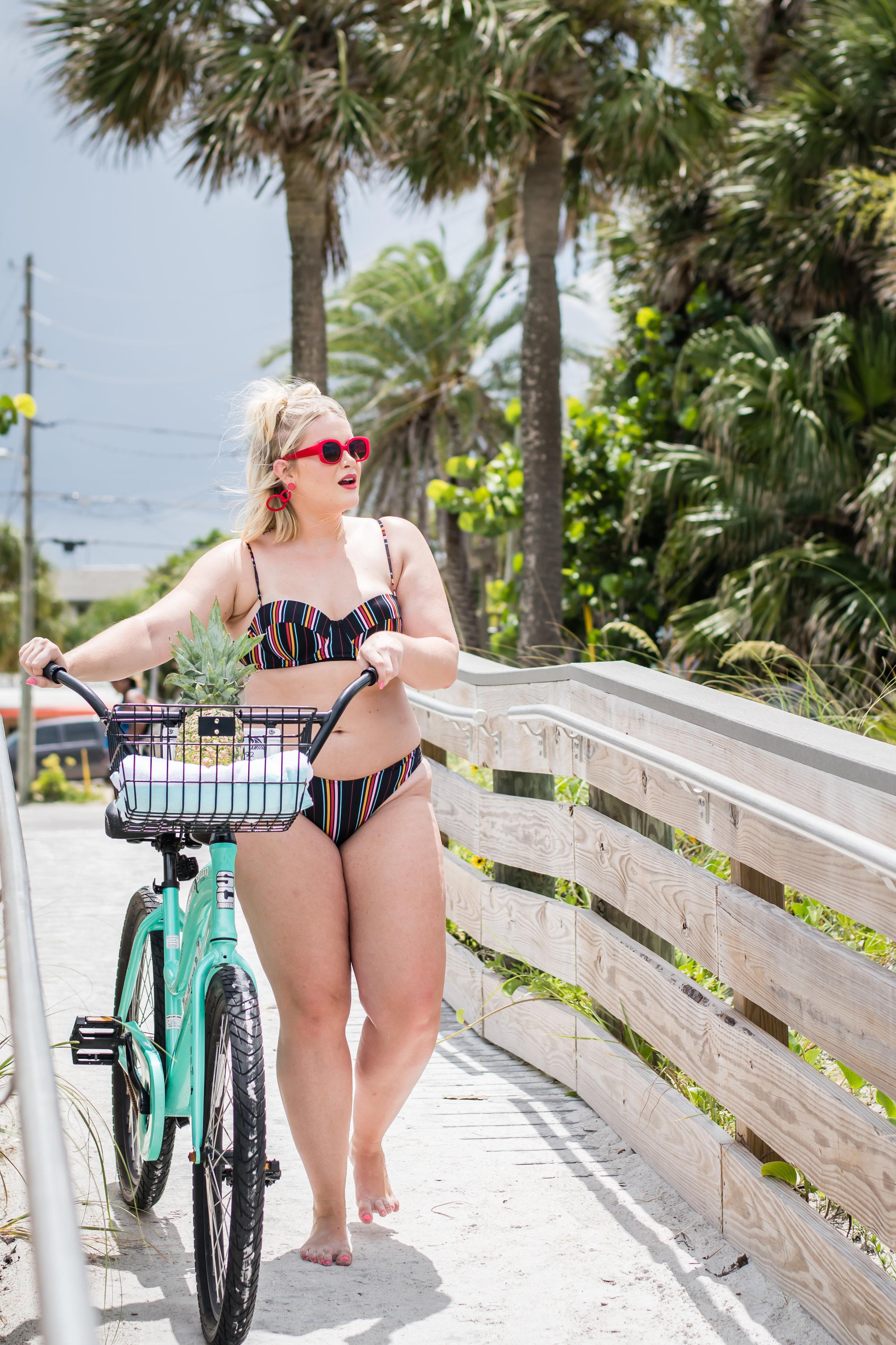 body-positive-model-beach-photoshoot-orlando-photographer-yanitza-ninett-10.jpg