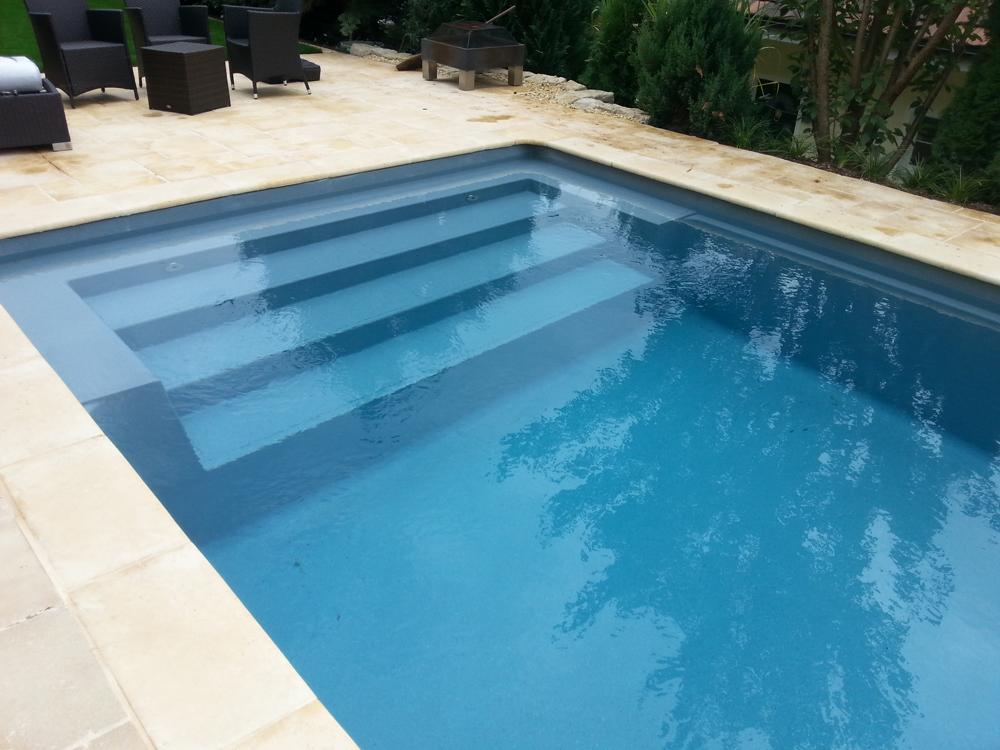 Riviera Pool Style