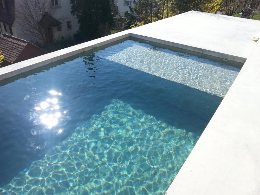 Beton Schwimmbecken