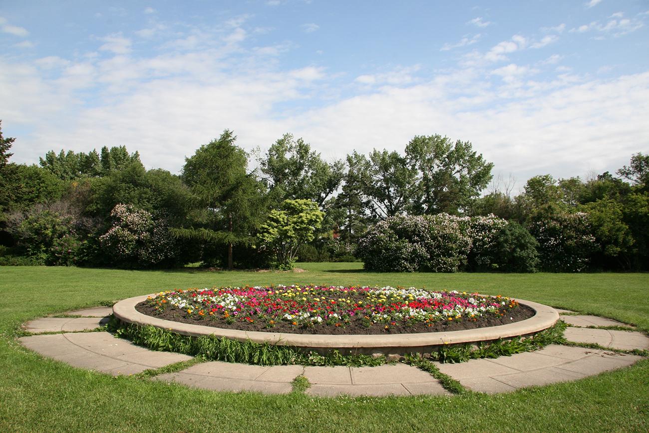ADJ - SM - Park Planter.jpg