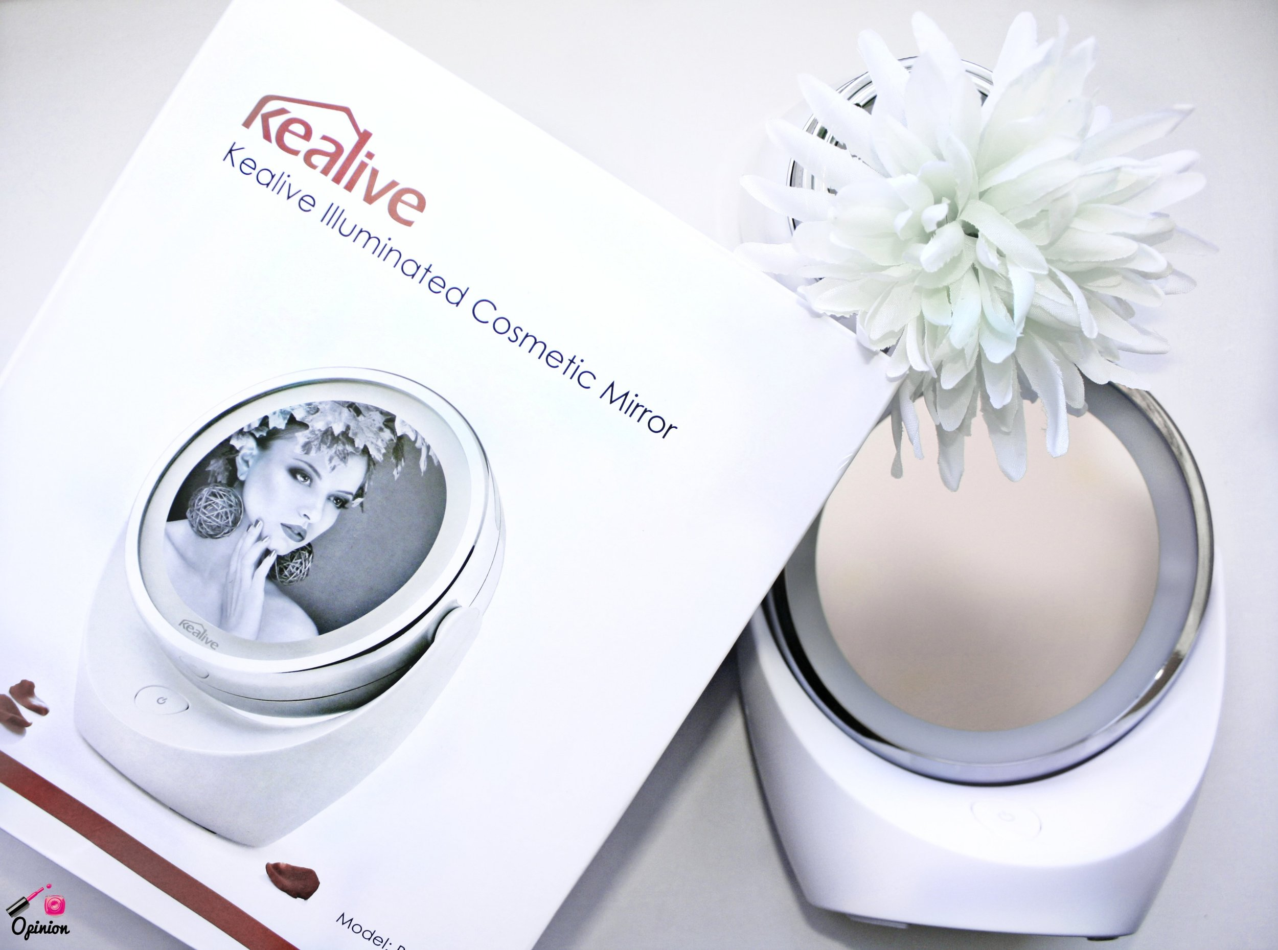 Need a mirror that's magnified? Lights up? And is compact and ready to go when you are!? Then the Kealive Illuminated Cosmetic Mirror is the way to go! CLICK HERE to learn more!
