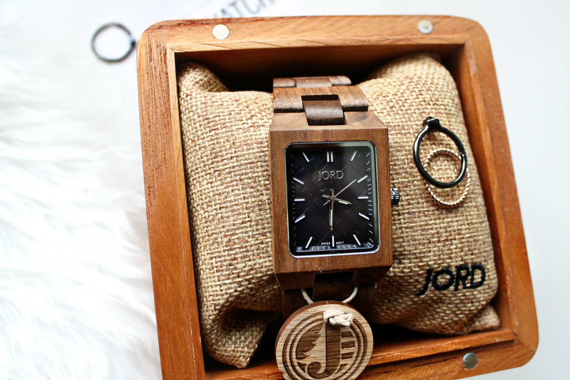 JORD - Men's Wood watch review and GIVEAWAY!