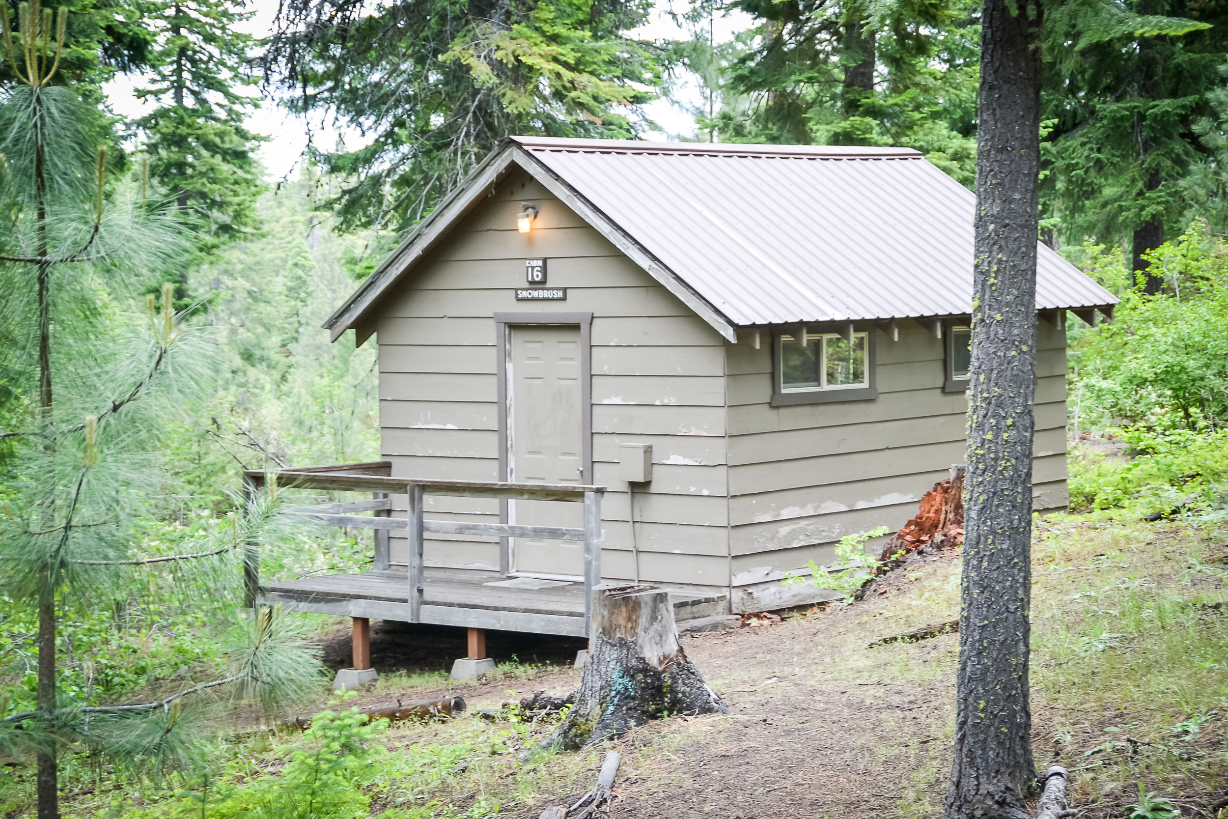 PACKAGE 4 - RUSTIC CABIN  Features: Shower House, Bunk Beds, Space Heater, Sleeps 5 to 8