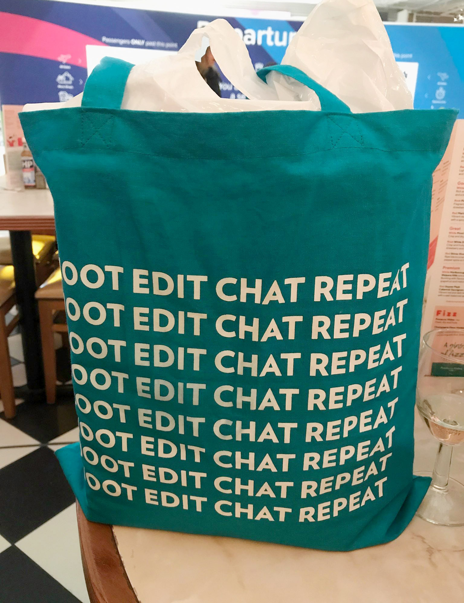 Good thing we brought our favoruite shopping bag!