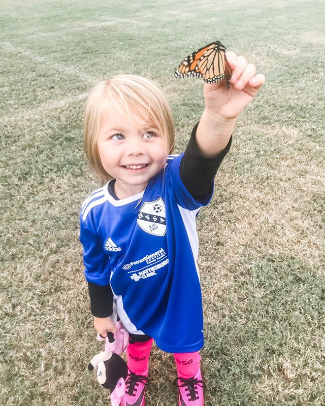 Ruby found a (dead) butterfly at the soccer field last night and has barely put it down since. - - - - - - - - - #momunity #momlife #momsquad #kidlife #kidsofinstagram #realmotherhood #abedikids  #hattiesburg #hattiesburgms #mississippi #downtownhattiesburg #soccer #soccermom #soccerfamily