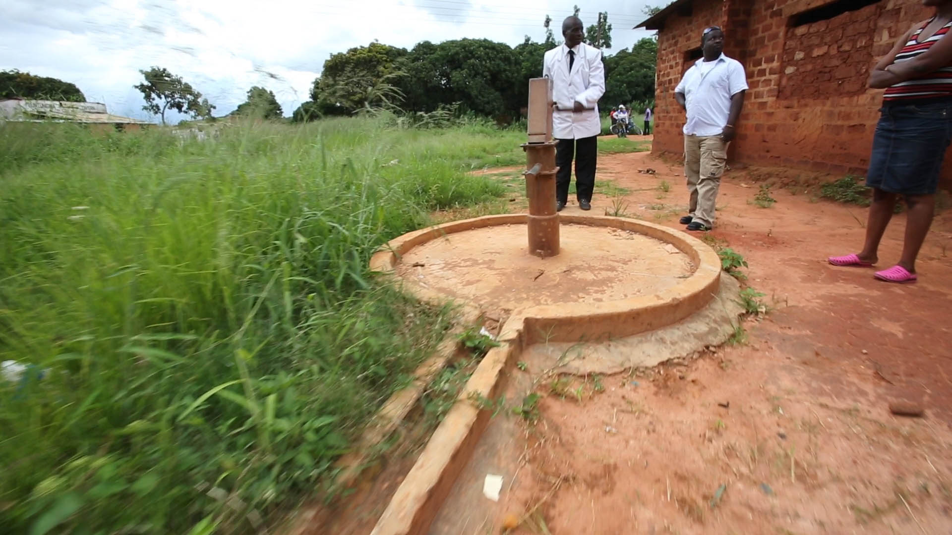 Water no longer flows from this well in Zambia. It is broken and in need of repairs.