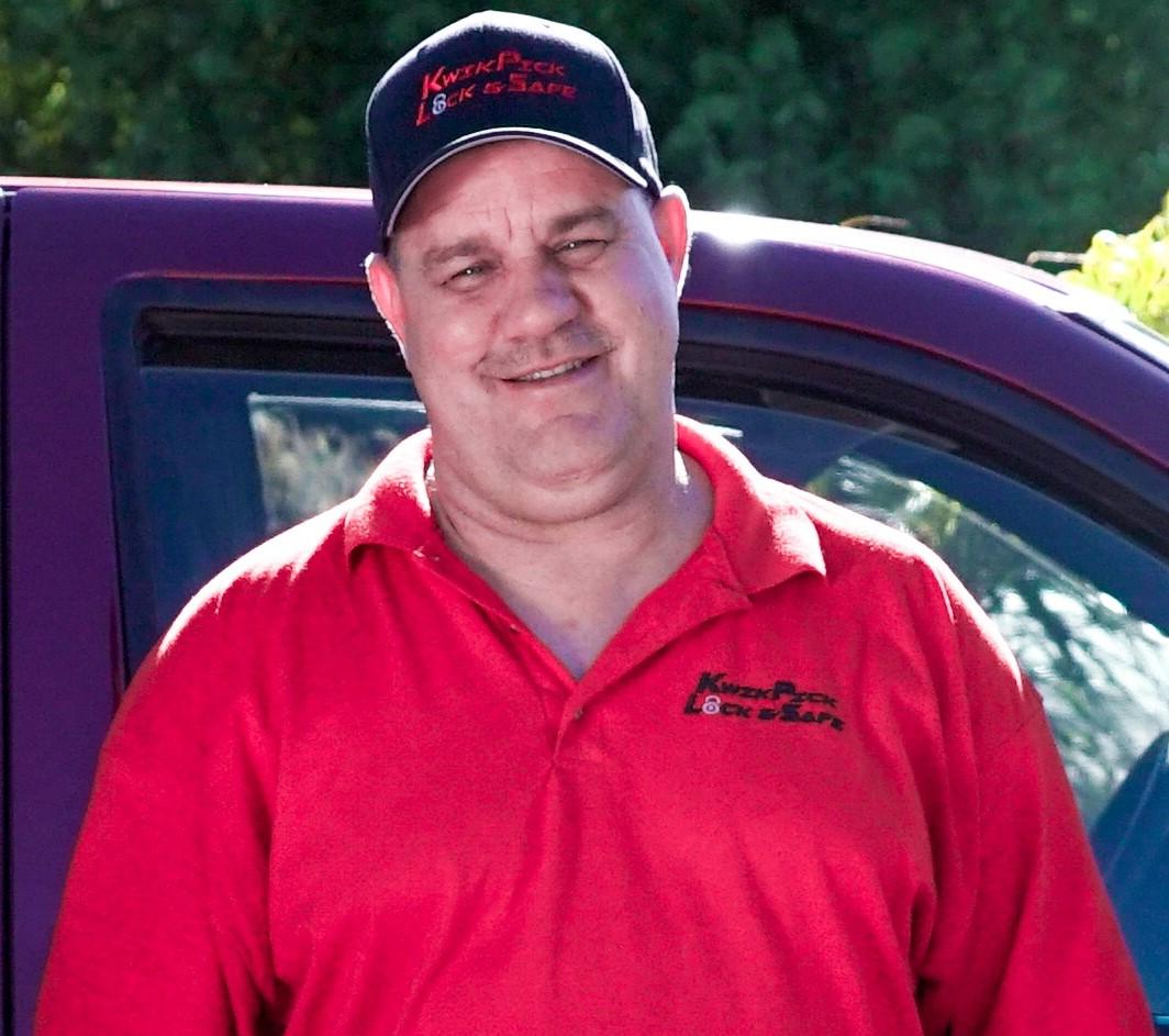 Hi! I'm Bill Stringfellow from KwikPick Lock and Safe.