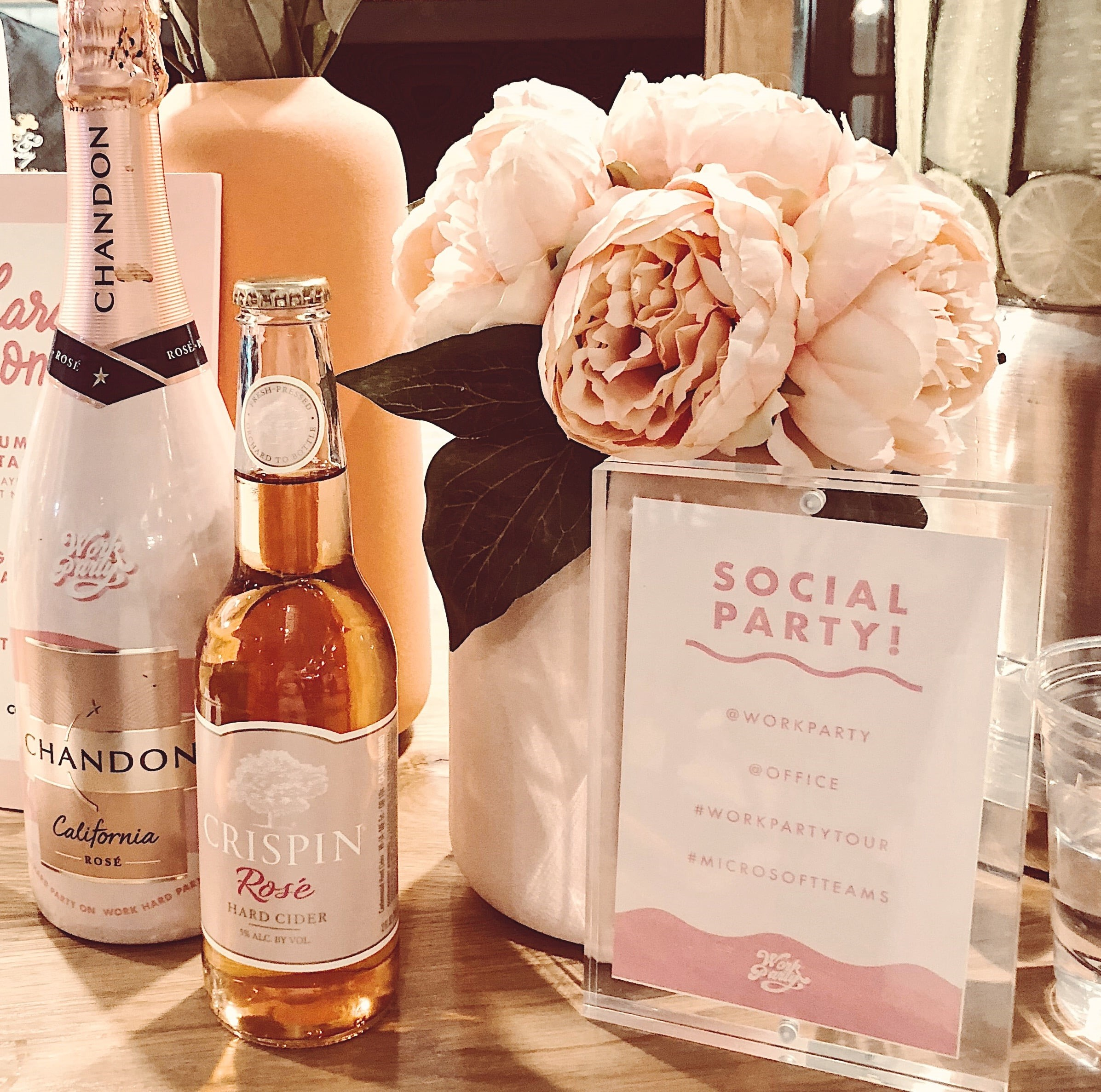 pink-champagne-valentines-day.jpg