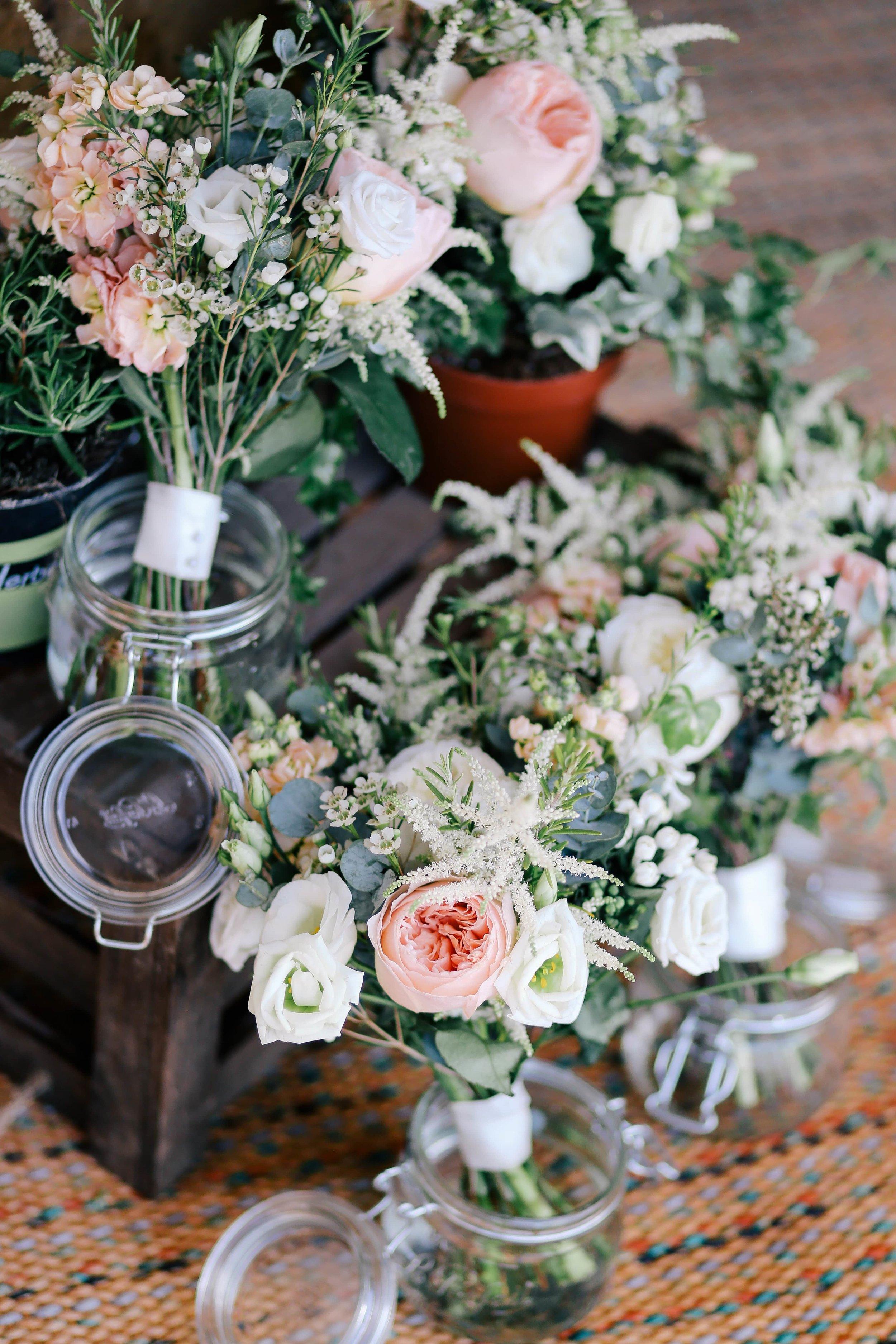 wedding-flowers-hotel-packages-min.jpg