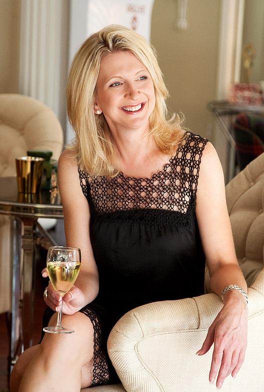 Kimberly-Sundt-Hospitality-Expert.jpg