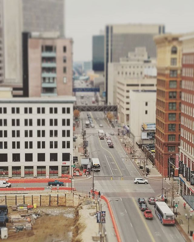 #highstreet from on top of the corner of High & Gay st. #columbus #ohio #tiltshift #instagood #photography #perspective #rooftop #cityscape #city #street