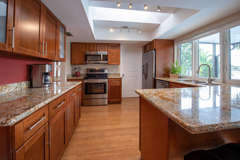 9311 NW 20th Ct Pembroke Pines-large-010-16-Kitchen-1499x1000-72dpi.jpg