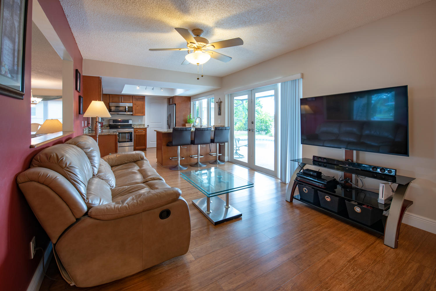 9311 NW 20th Ct Pembroke Pines-large-013-15-Family RoomKitchen-1499x1000-72dpi.jpg