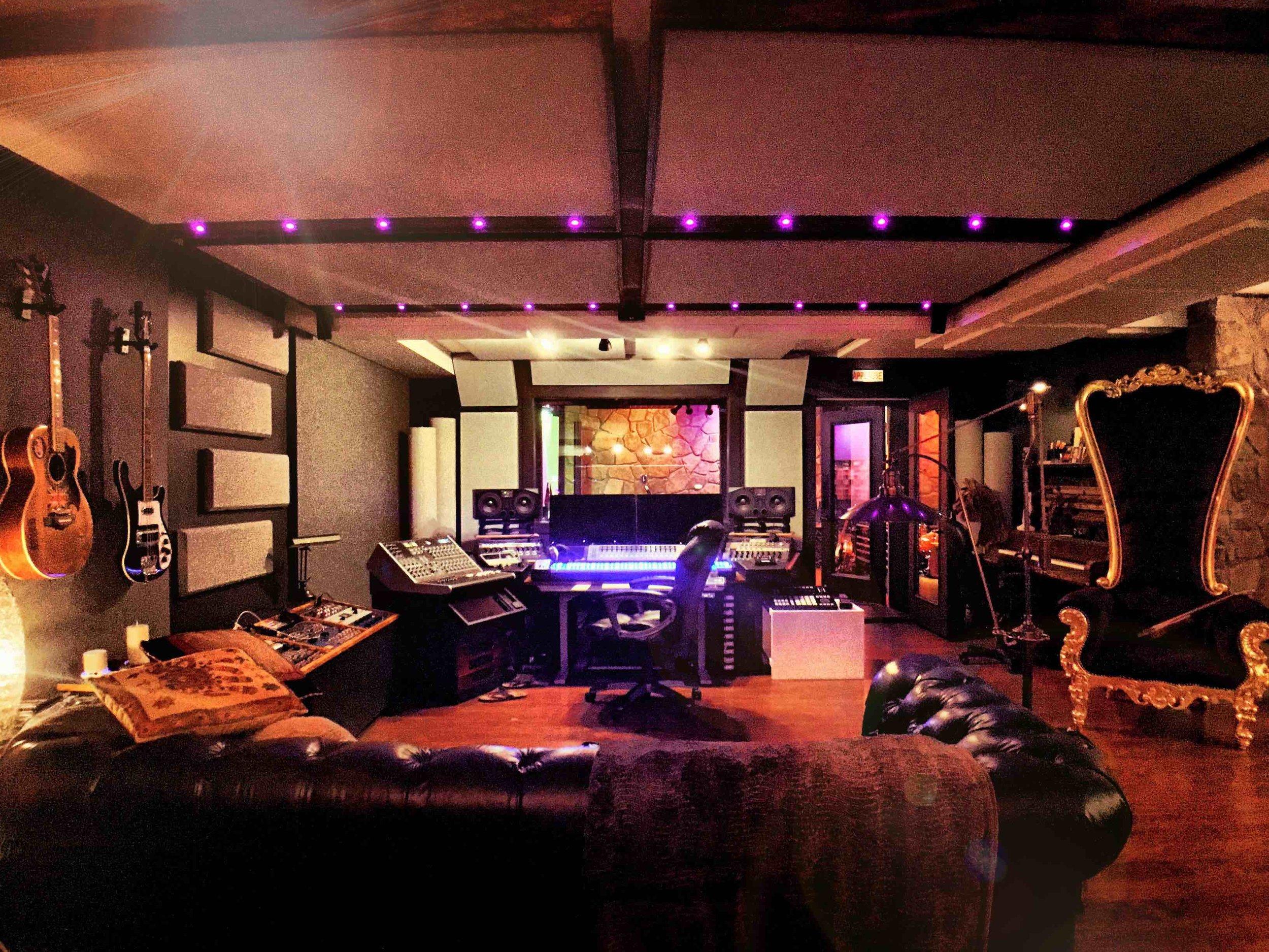 Subphonic Control Room
