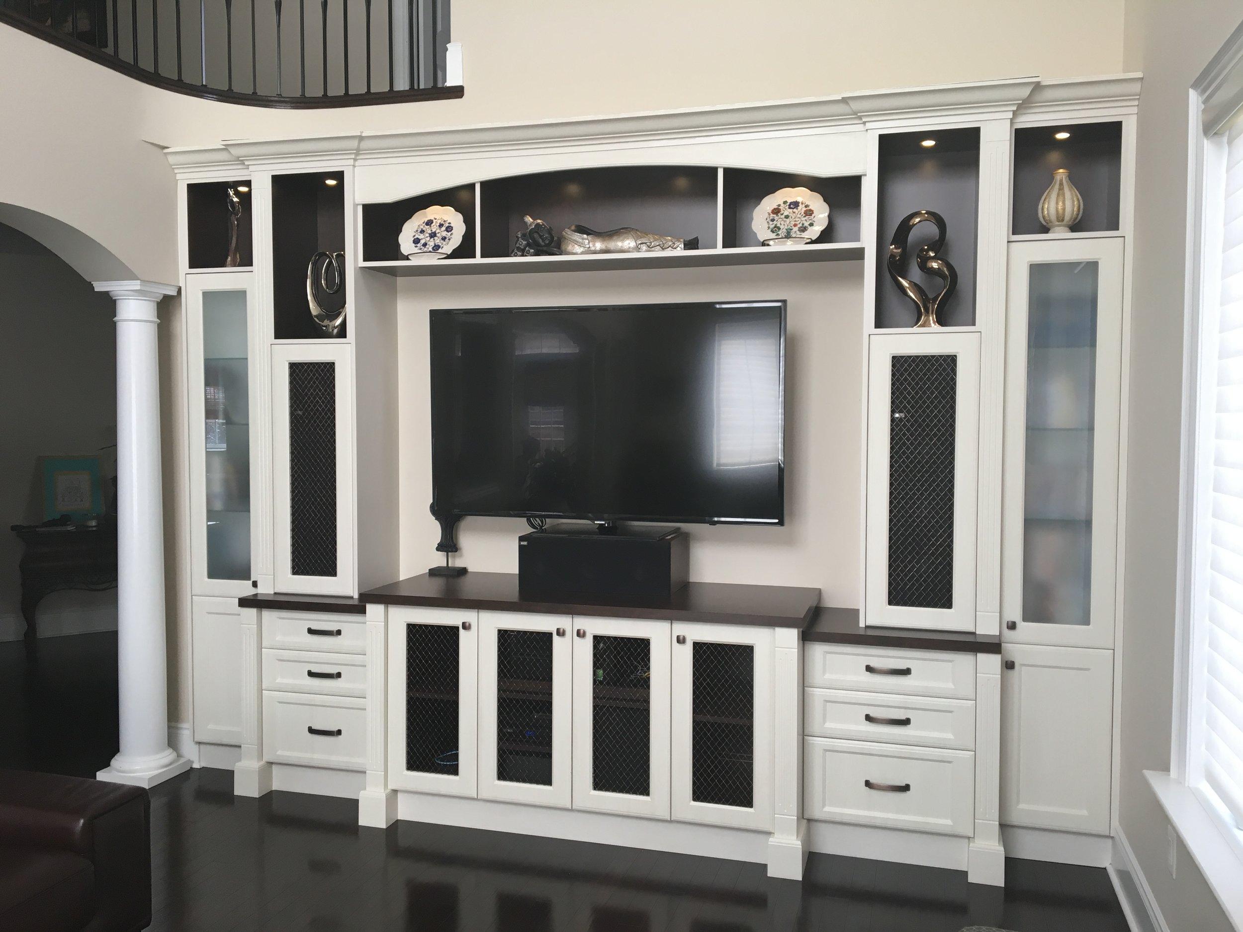 custom-tv-wall-unit_25457690943_o.jpg