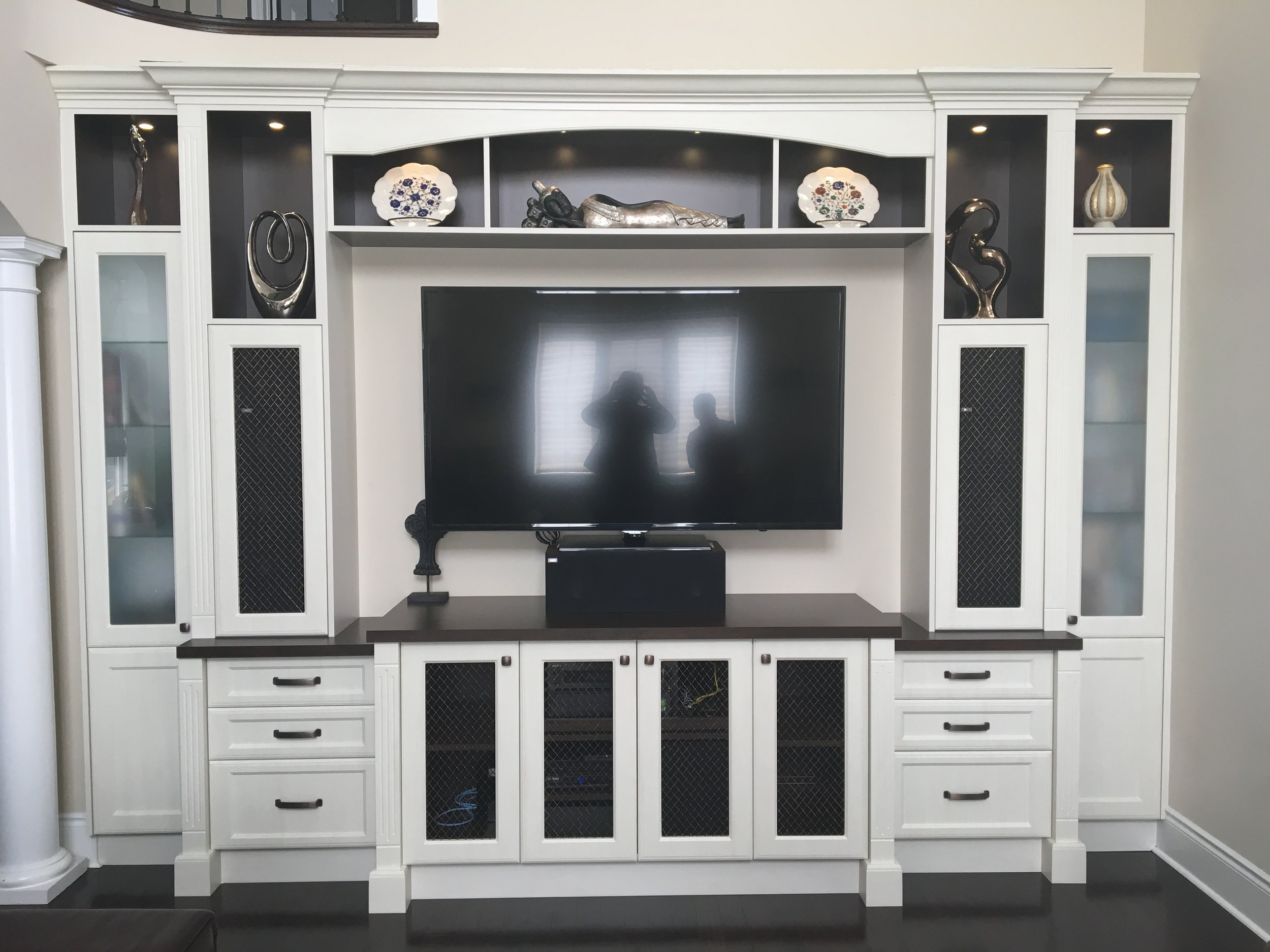 custom-tv-wall-unit_26034334696_o.jpg