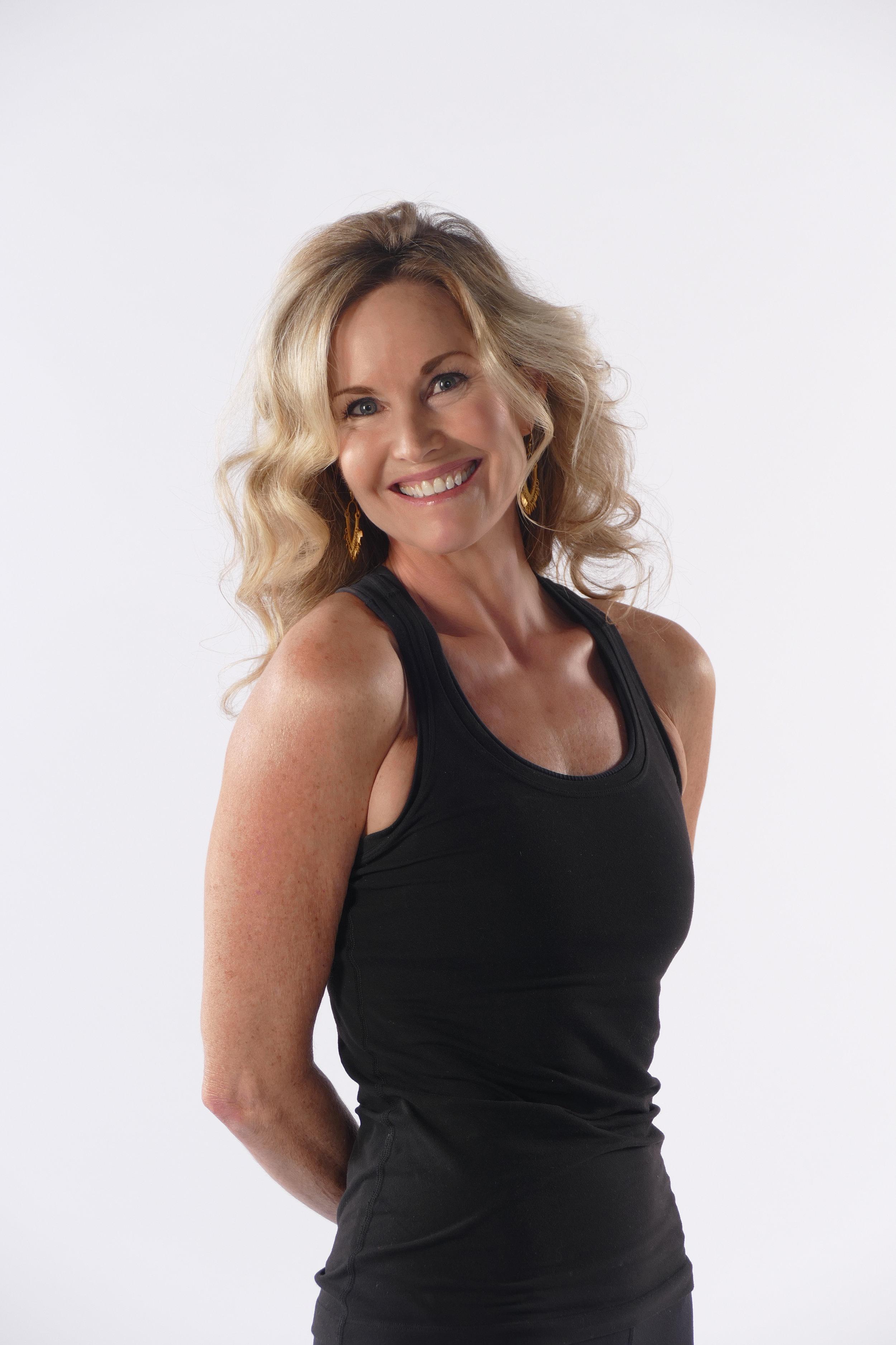 Caroline Gronowski · Owner, E-RYT 200