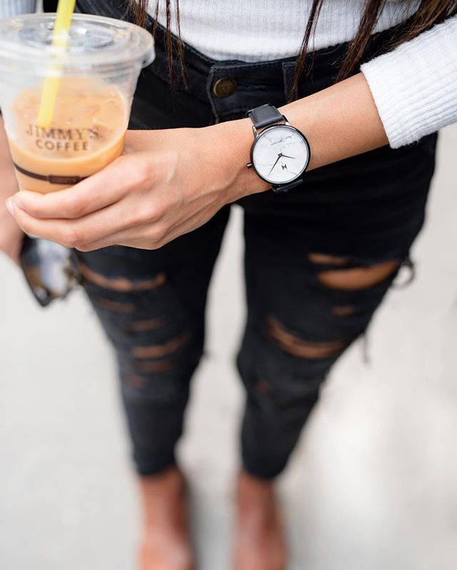 "The essentials ☕️🖤⌚️ . (and a smile, you can't see it but best believe I'm smiling ☺️) . • Happy Wednesday y'all - mid week reminder to keep the energy up, the head high & ALL the positive and good vibes 🤙🏽 . @mvmt  @mvmtforher . code ""ayeshasehra15"" to save them $$ . . #jointhemvmt #ad #mvmt #mvmtforher #mvmtwatches #leadwithlove #positivevibes  #lawofattraction  #torontoyoutubers  #torontoblogger  #torontomodels #femalemodel  #positiveenergy"