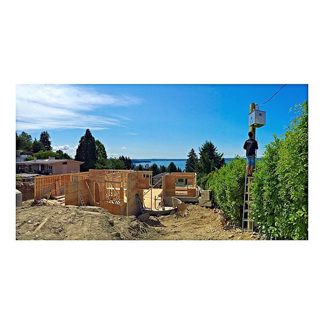 Beautiful day to be working outside in VANCity.  Protecting your job sites with intrusion and CCTV systems.  #vancouver #construction #luxuryhomes #lowvoltage #architecture #vancity #vancouverhomes #yvr