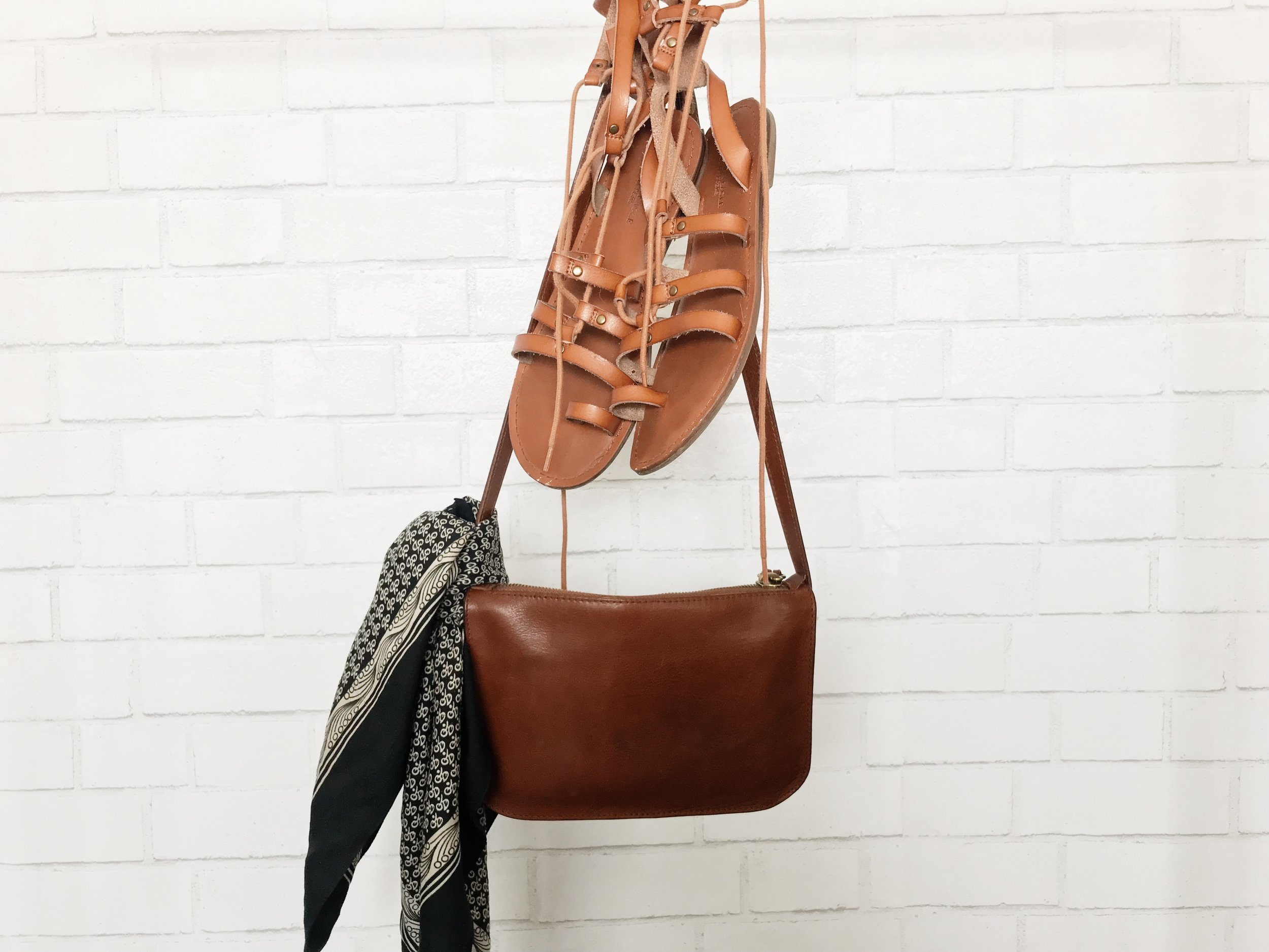 Capsule Wardrobe Accessories @ Feather and Arrow