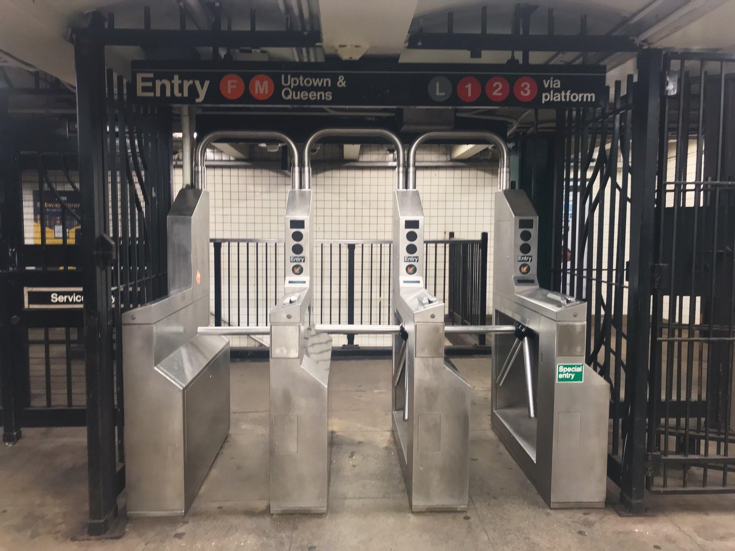 New York subway queens