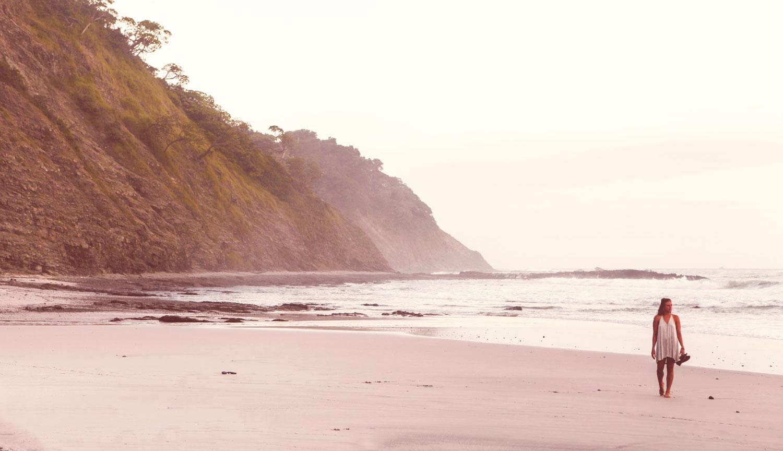 bergones-costa-rica-wander-south-playa-meg.jpg