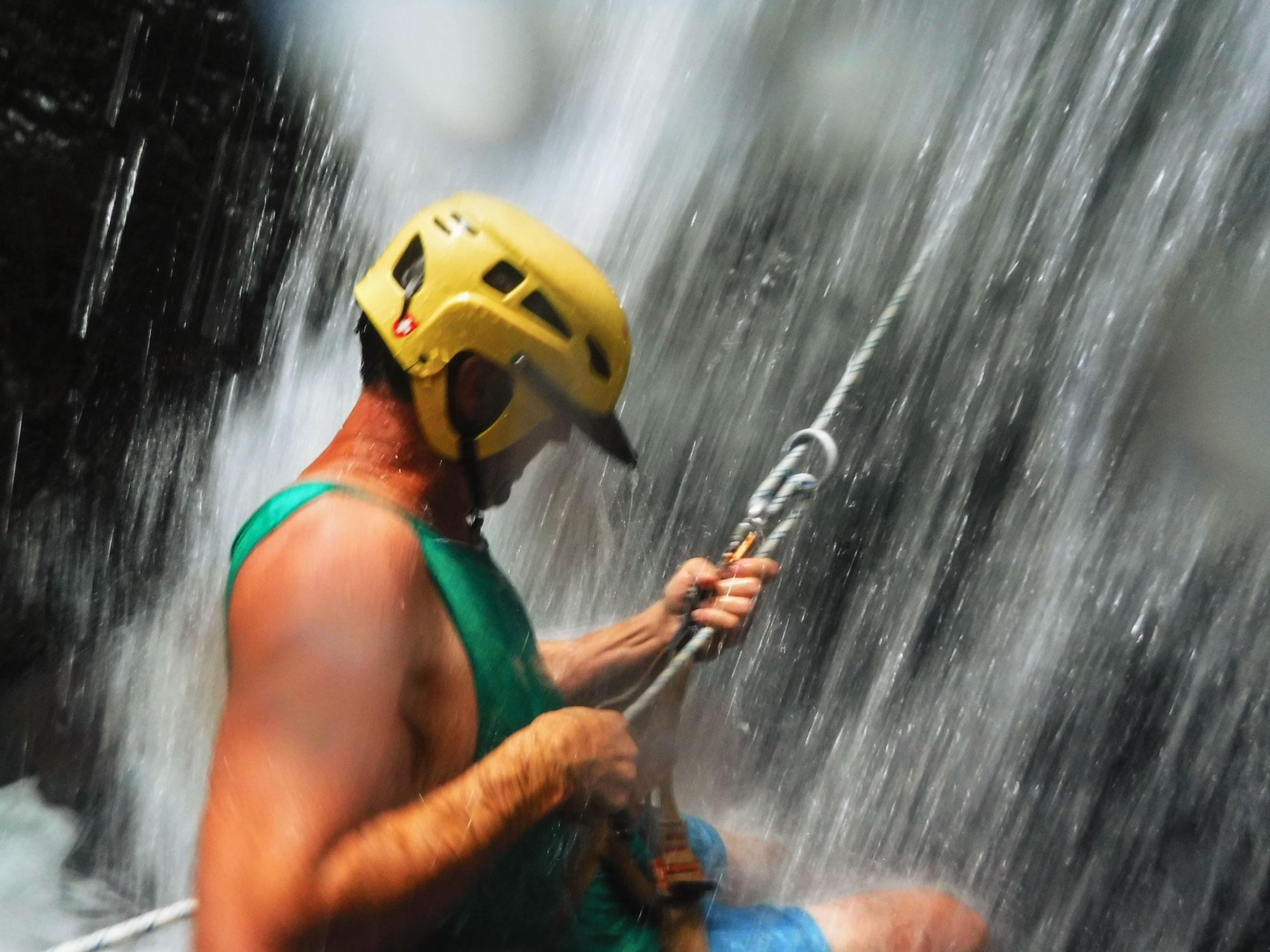 uvita-costa-rica-wander-south-rapelling-lamar.jpg