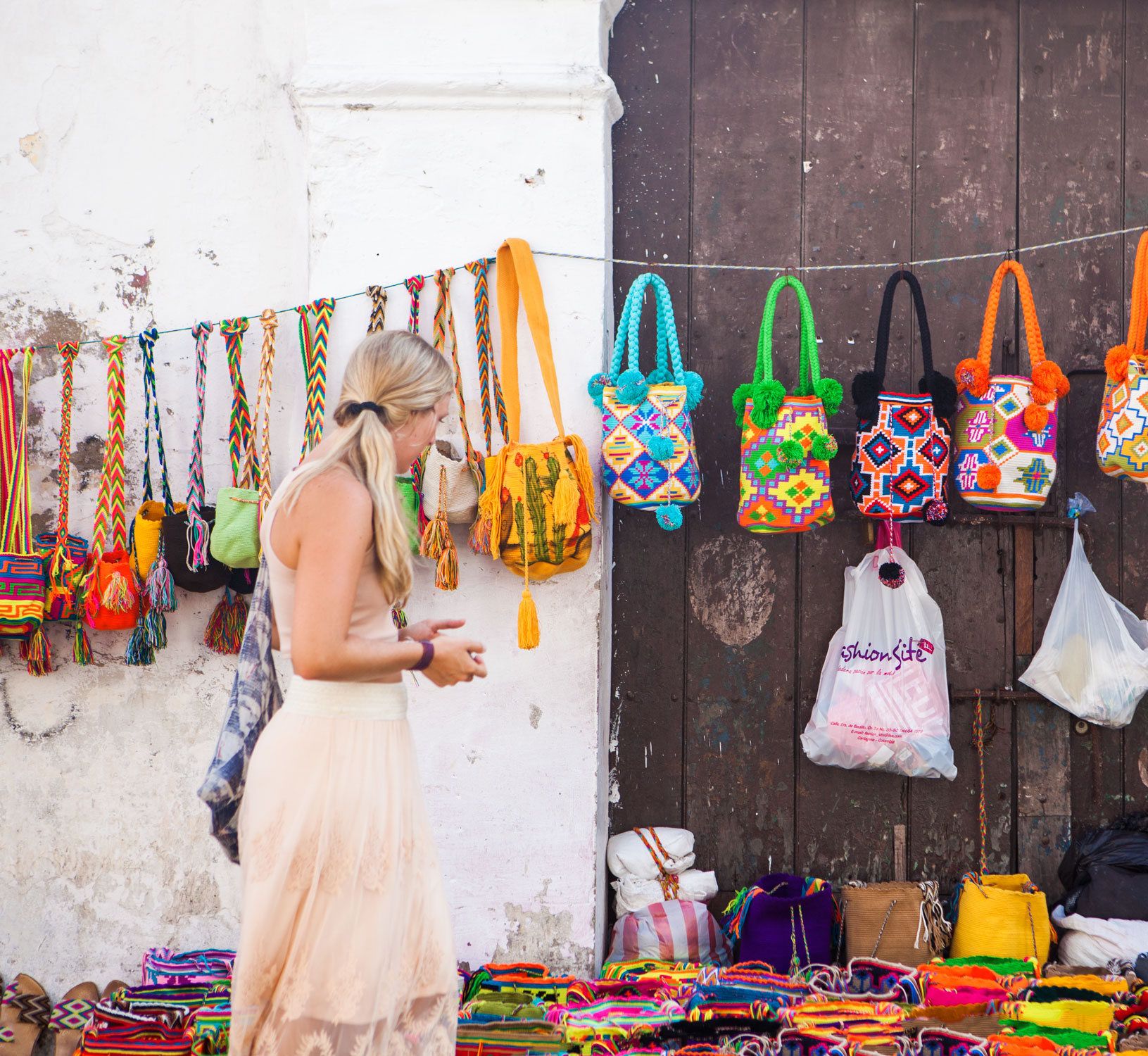 cartagena-colombia-wander-south-old-town-meg-street-shopping.jpg