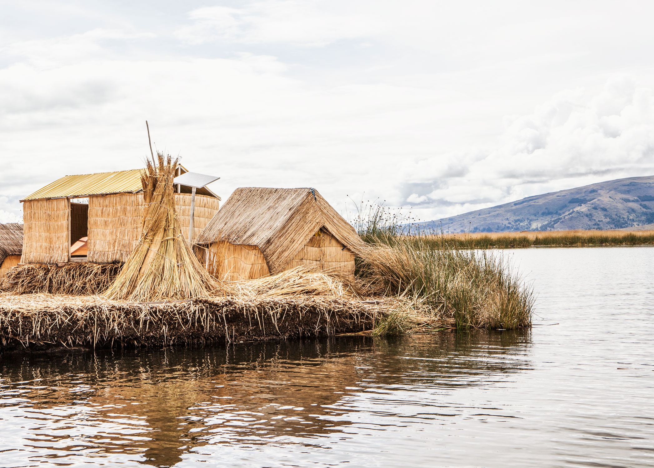 lake-titicaca-puno-peru-wander-south-reed-island.jpg