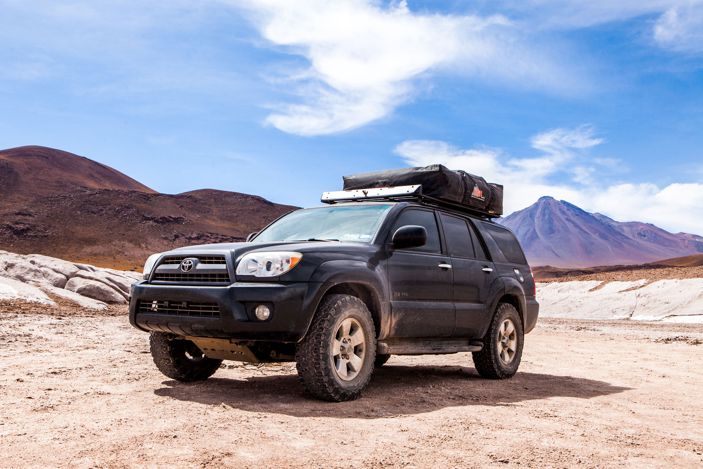 atacama-desert-chile-wander-south-piedras-rojas-4runner-1.jpg