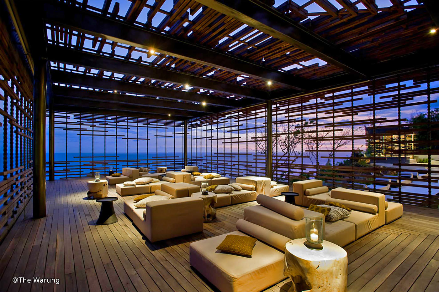 Took this off their own website, so you can see the lounge when it's not so dark. It's such a stunning lounge but too bad, we got there when it was dark already.