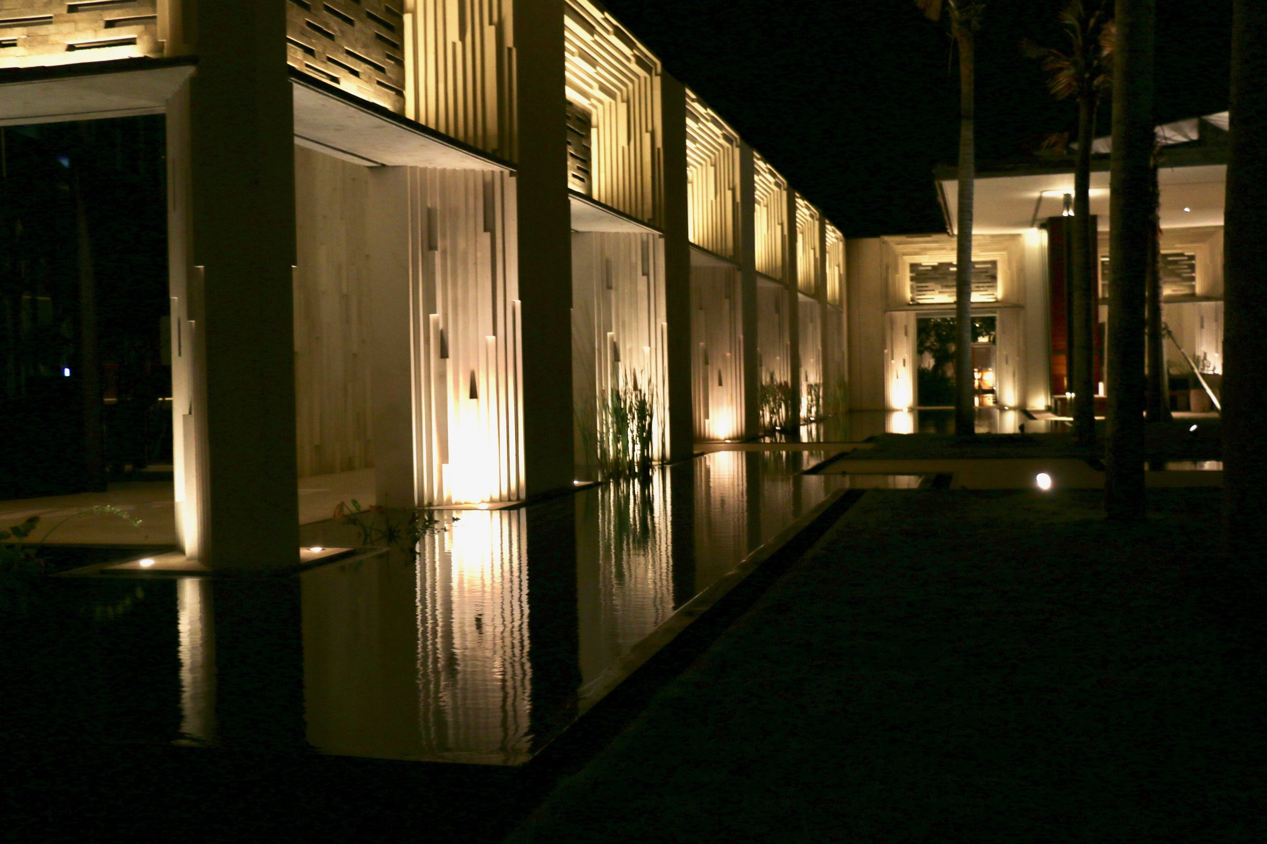 Entering the Alilia Villas...It was dark by the time we arrived but as you can see the space is super open and modern.