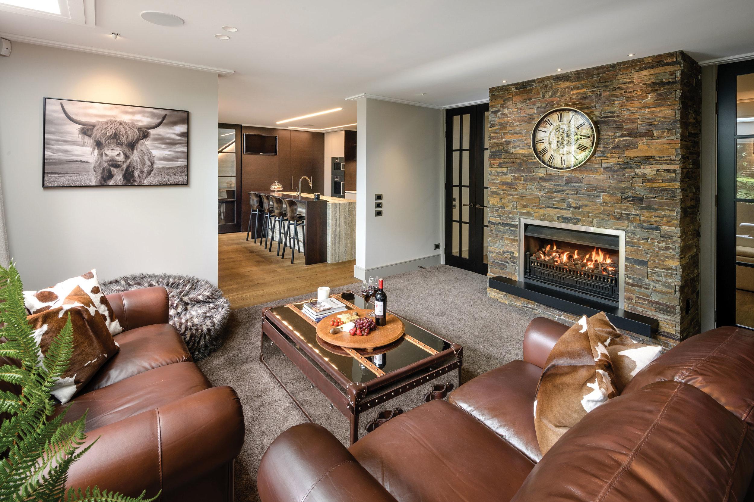 109-Gregg-Builders-Helmores-Fire-Lounge.jpg