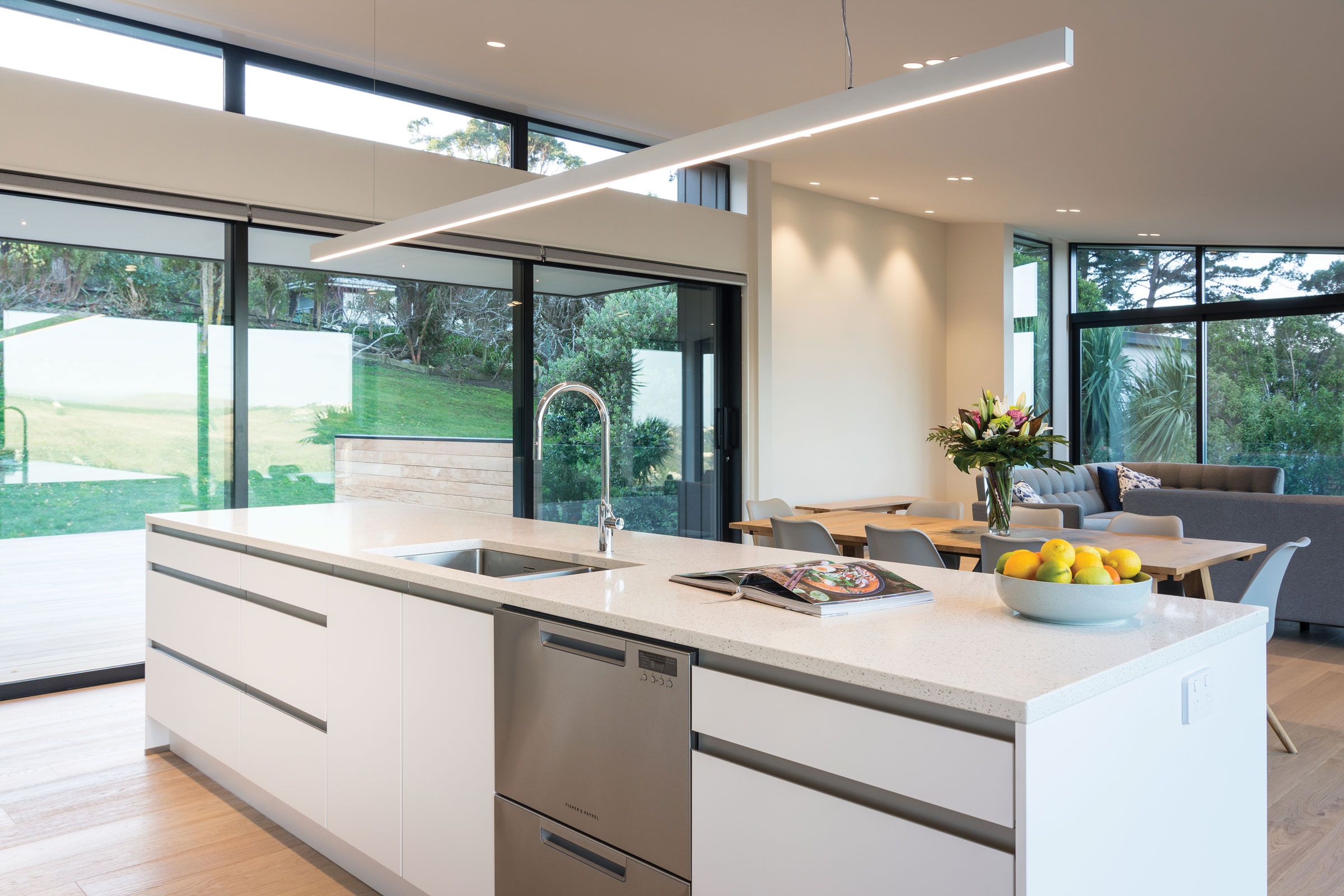 BENCHTOP  Primestone Risotto Pebble was the benchtop choice, finished with Riva concrete for a stunning contrast.