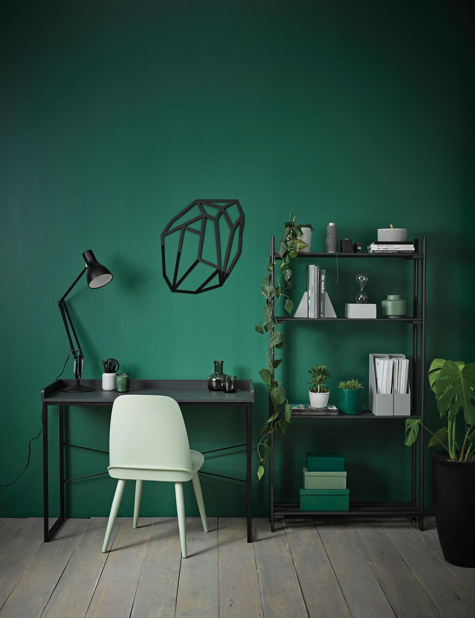 Vanessa-Nouwens,green,study,Resene-Mother-Nature+Greywash+Noir+Peace+Silver-Chalice+Permanent-Green+Rivergum+Family-Tree,photo-Melanie-JenkinsPT2.jpg