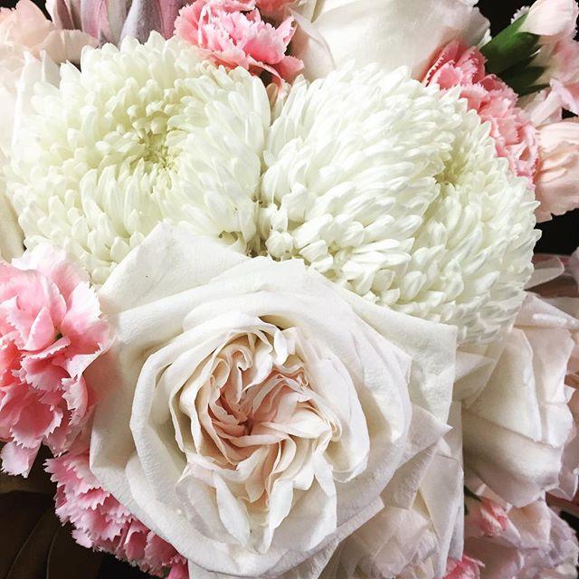 #Tuesday #fresh #florals #flowershop #attadale #perthflorist #Perth #flowersinbloom