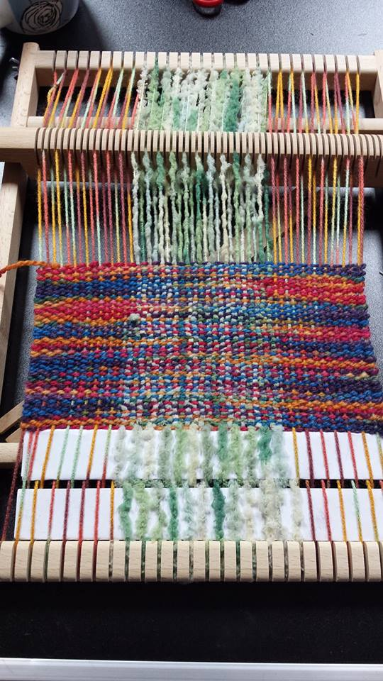 Weaving on the mini loom