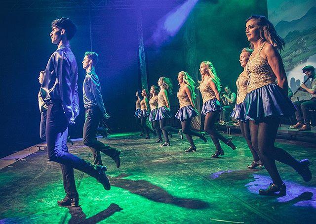 Welcome Rhythm of the Dance in your city! Last show of the 2017 World tour in Germany 🇩🇪: Traunreut, January 18! Next tour country - Swizerland 🇨🇭! #RhythmOfTheDance #rhythmofthedance #rhythmofthedance2017☘️ #tourgermany #irishstepdance #irishdancing #irishdancer #irishfolk #irishmusic #greatshow #irishtenors #thenationaldancecompanyofireland #irishcelts