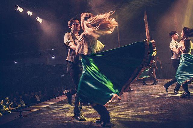 Amazing energy on the stage: Rhythm of the Dance!#RhythmOfTheDance #rhythmofthedance #rhythmofthedance2017☘️ #jenagermany #sparkassenarena #irishstepdance #irishdancing #irishdancer #irishfolk #irishmusic #greatshow #irishtenors #thenationaldancecompanyofireland #irishcelts