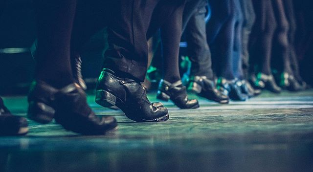 Do you hear the tap? The Irish are coming! #RhythmOfTheDance #rhythmofthedance #rhythmofthedance2017☘️ #worldtour2017 #irishstepdance #irishdancing #irishdancer #irishfolk #irishmusic #greatshow #irishtenors #thenationaldancecompanyofireland #irishcelts #tapdance #irishtapdance #irishstepdance