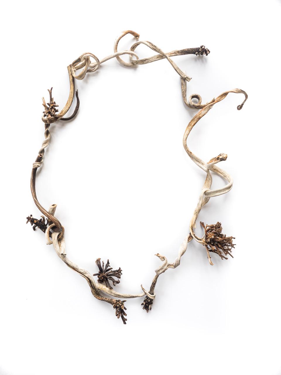 Nicky Hepburn,  Seaweed Lei  2017. Dried seaweed, hemp thread. Photo: Terry McConvill