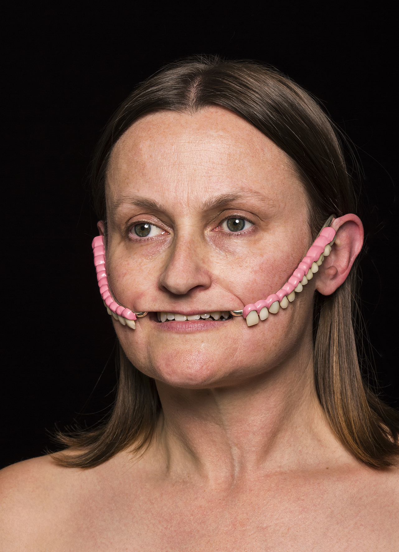Tiffany Parbs,  gnash , 2018,porcelain teeth, sterling silver enamel paint, giclée print on aluminium, 50 x 125 x 25mm object, 470 x 340 x 12mm print. Photography Tobias Titz