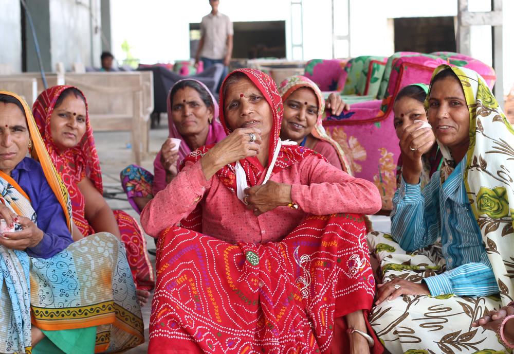india-fashion-factory-supply-compass.jpg