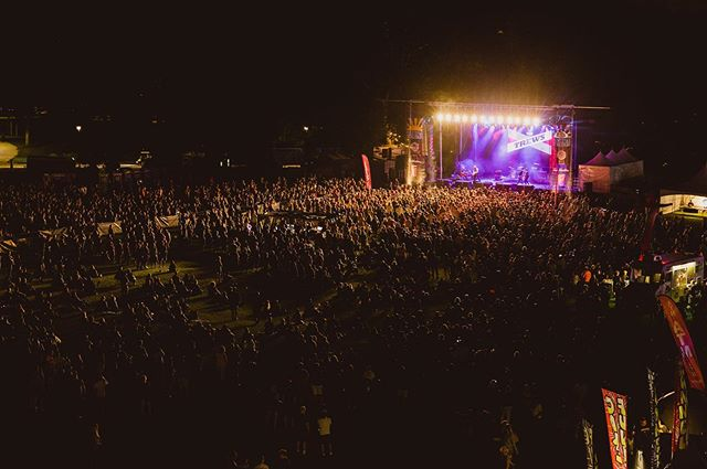 #tbt to last Friday night and the epic turn out for our show @festoffriends in (one of our many) adopted home(s) of #hamont. Summer touring really is the best! Summerside, PEI, Truro, NS and Langley, BC - you're next! 🤘  #. #livemusic #summertime #crowd #festival