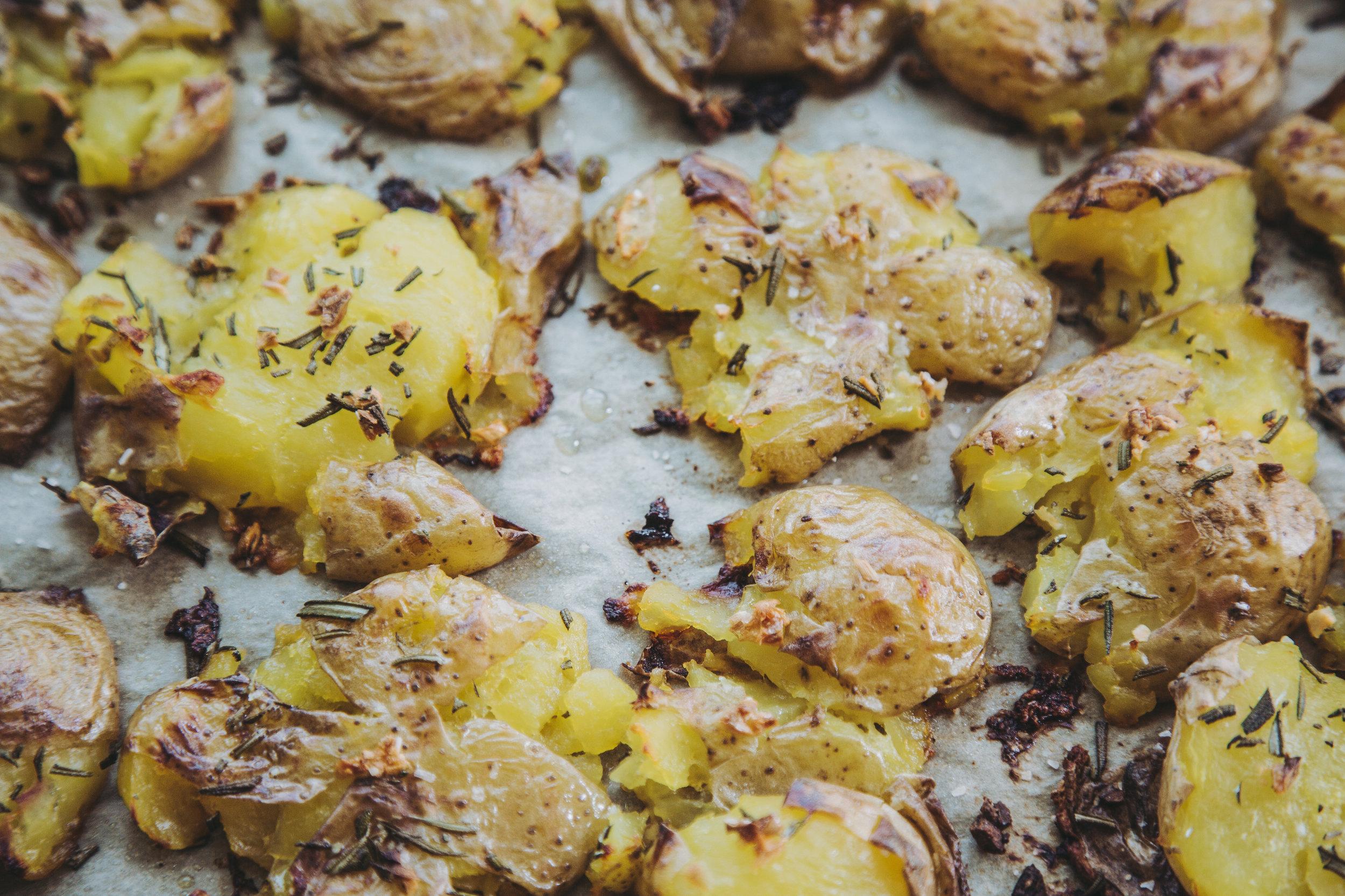 garlic rosemary smashers-23.jpg