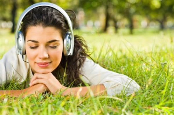 headphone-girl2.jpg