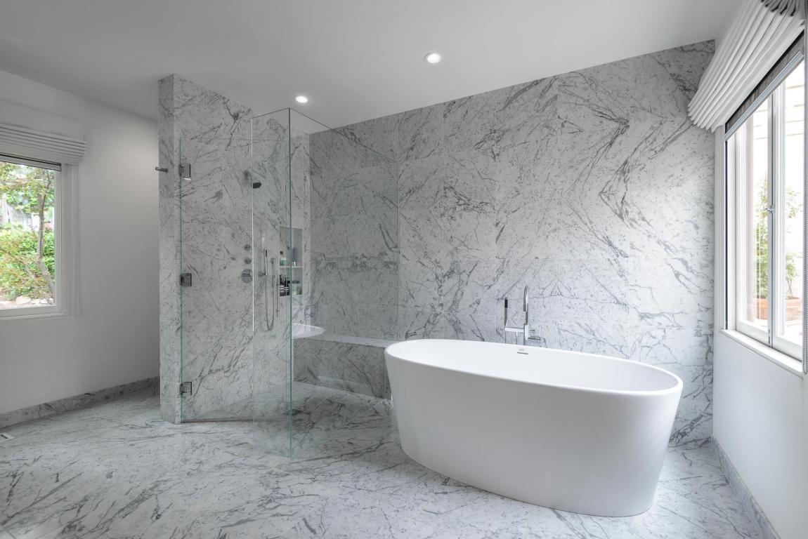 2020_SantaBarbaraStreet_master_bath2.jpg