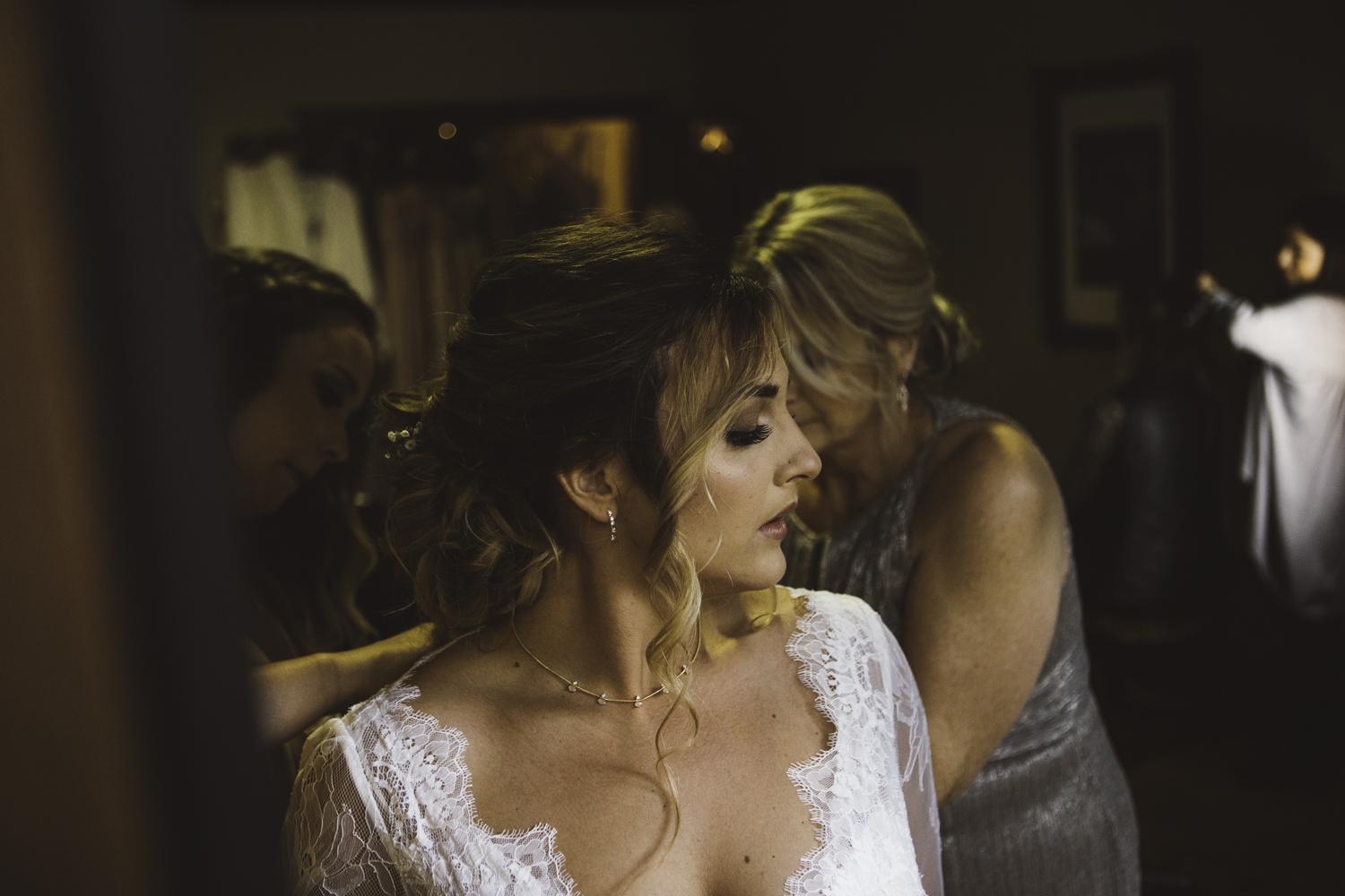 sarah-danielle-photography-intimate-portland-wedding-09.jpg