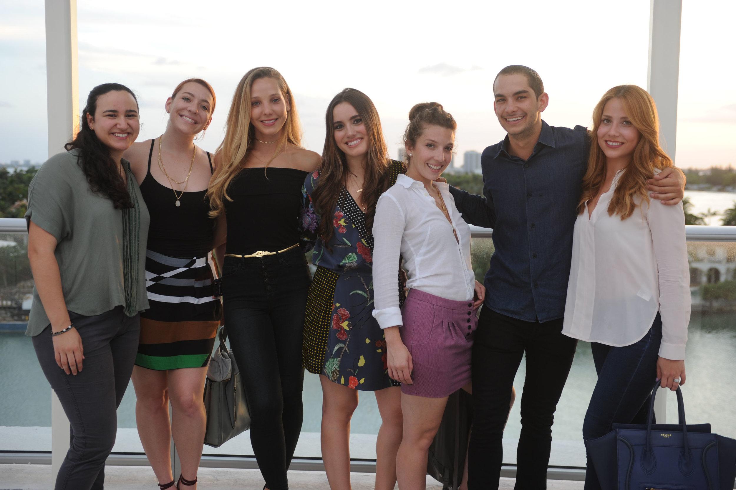 Daniela Muinos, Monica Fuentes, Alexandra Gonzalez, Alexandra Muinos, Victoria Fuentes, Chris Menendez, & Mari Gonzalez.jpg